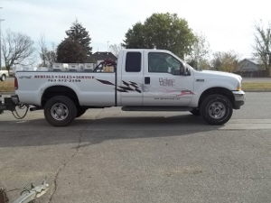Where to find 1 Ton Pick Up Truck in Delano